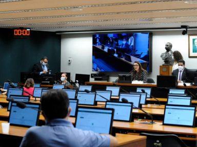 Câmara debate na terça propaganda eleitoral; deputados querem formatar novo Código Eleitoral