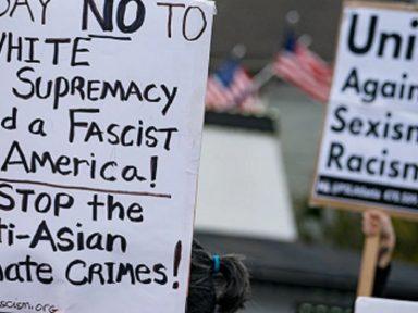 Ato em Atlanta repudia crimes racistas contra norte-americanos de origem asiática