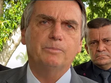Puxão de orelha de Fux faz Bolsonaro fingir que não ameaçou com estado de sítio