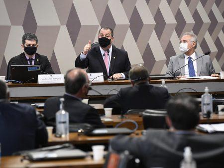 Bolsonaro sofre primeira derrota na CPI da  Covid: Aziz na presidência e Renan na relatoria
