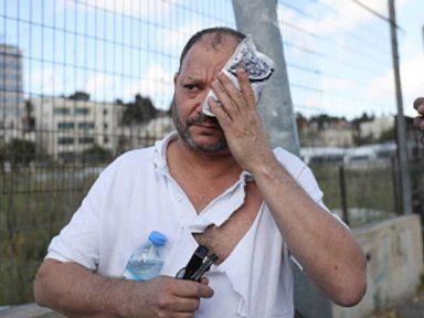 Polícia agride deputado israelense em ato contra roubo de casas palestinas em Jerusalém