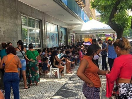 Governo deixou de gastar R$ 80 bi contra Covid