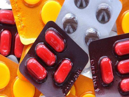 Bolsonaro autoriza alta de até 10% nos remédios