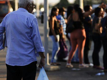 Custo de vida é ainda maior para os idosos