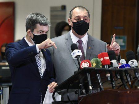 CPI ouvirá Mandetta na terça-feira, enquanto governistas tentam atrapalhar investigações