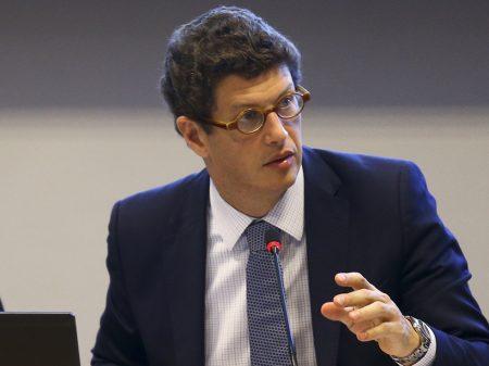 """""""Salles abriu a porteira para o crime ambiental"""", dizem deputados em pedido de CPI"""