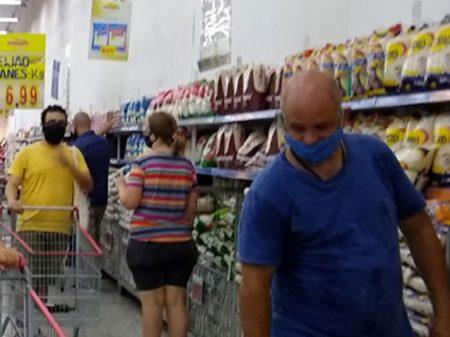 Sem auxílio, venda nos supermercados recua 6,7%
