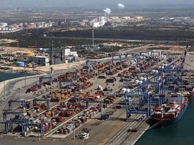 Portuários italianos negam-se a carregar navio que levaria armamento a Israel