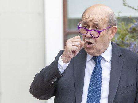 """""""Solução de Dois Estados ou apartheid israelense"""", alerta ministro francês"""
