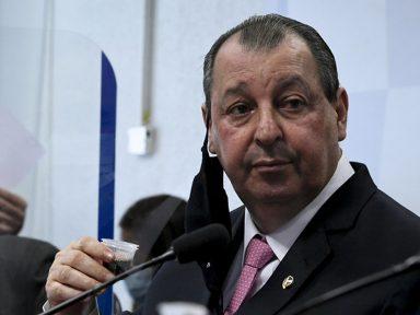 """Aziz: """"não houve nenhum interesse de Bolsonaro na compra das vacinas"""""""