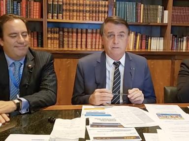 Para fugir da CPI, Bolsonaro ataca urna eletrônica e ameaça eleições de 2022