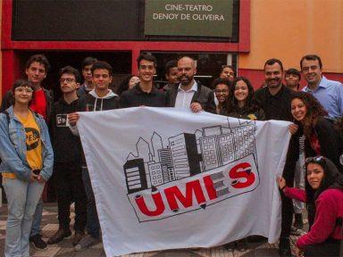 Estudantes lamentam falecimento do prefeito Bruno Covas