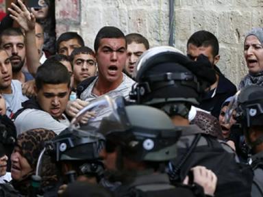ONU condena polícia de Israel que ataca palestinos em mesquita de Jerusalém e deixa 300 feridos