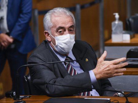 Otto Alencar desmascara charlatanismo da cloroquina e recomenda antirrábica a bolsonarista