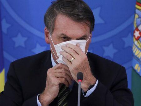 Bolsonaro atropela Queiroga, tenta fim das máscaras mas é obrigado a recuar