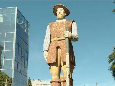 A estátua de Borba Gato e seus incendiários