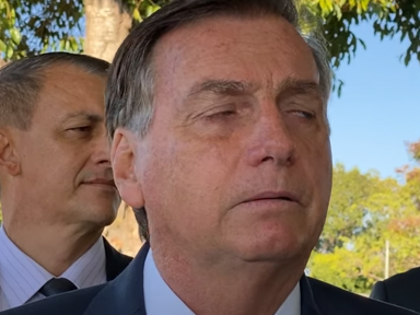"Desmascarado, Bolsonaro acusa o STF de  ter cometido ""crime"" contra o vírus"