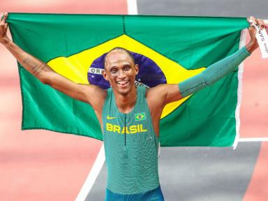 Em prova espetacular, Alison conquista bronze para o atletismo brasileiro