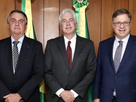 Planalto conspira para tirar Huawei do Brasil