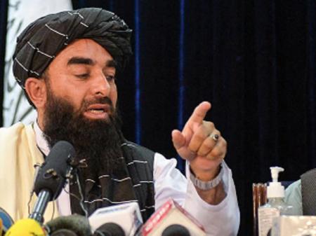 """China e Rússia conclamam Talibã a formar """"governo inclusivo"""" no Afeganistão"""
