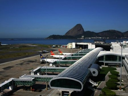 Governo acelera entrega de aeroportos