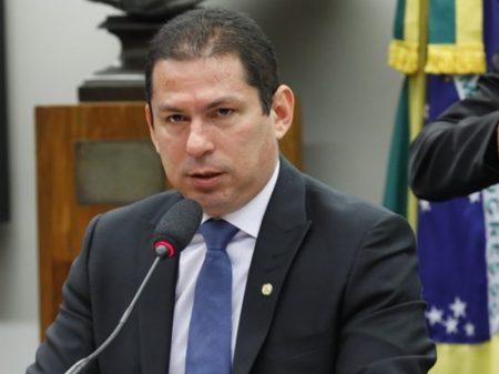 Elevar IOF é uma maldade com o povo brasileiro