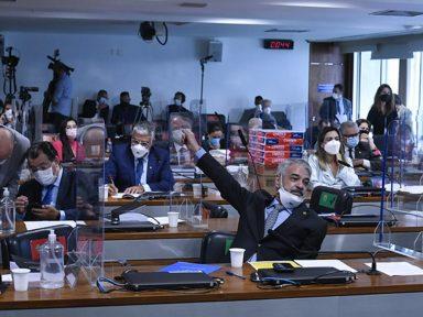 Senador propõe indiciar governador do Amazonas e relatório da CPI pode ter alterações